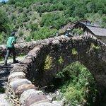 Pont del cami vell de Boavi, al lado del hotel