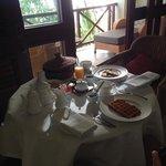 petit dejeuner servi en chambre