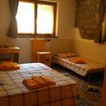 Habitación, muy limpia y acogedora