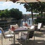 HEat Restaurant Berlin Terrasse