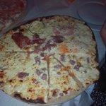 Pizza gigante bianca