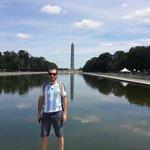 Frente a mi amigo, Lincoln Monument
