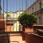 Charming little terrace!