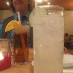 Deux excellents drinks, conseillés par la serveuse