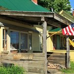 Hungry Hollow Country Store