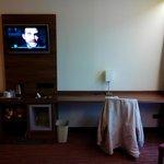 bureau met tv