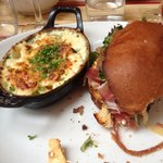 Hamburger savoyard  Gratin dauphinois
