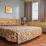 King Bed JrSuite Room