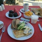 Приятный завтрак.