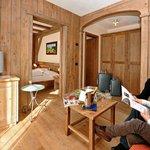 suite legno antico