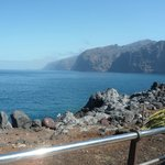 Walking to Los Gigantes