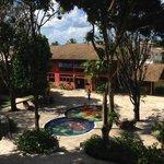 Vista do Apartamento - Recepção e piscina infantil