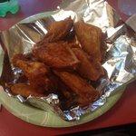 10 hot wings-yum!