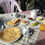 Big breakfast at Mingalar Inn. Very generous!