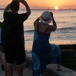 Five Minute Walk from the Queen Kapiolani - Waikiki Sunset