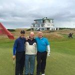 9th Green - Happy Golfers