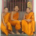 Monjes en Wat arun