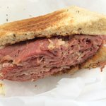 !/2 Pastrami Sandwich on Rye (take out)