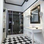 Bathroom Executive Suite 212