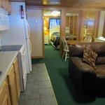 Standard - 1 Queen room w/ Full Kitchen