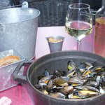 More mussels means more wine