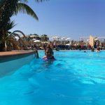 Main pool & sun terrace.