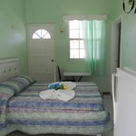 Single/Double room with microwave and fridge