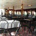 Bottom level dinning area