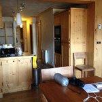 cucina e corridoio verso camere