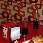 Hambúrguer e porção de fritas