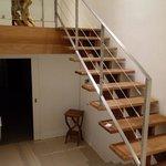 escalier pour rejoindre la chambre du haut