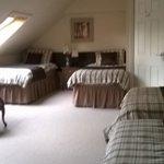 amazing huge bedroom