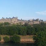 La Cité com o rio Aude abaixo
