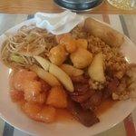 Chinese buffet (Food City)
