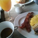 Breakfast at the O Bistro