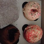 Strawberry, red velvet and chocolate cupcakes. And a brownie! Best cream cheese icing on the red