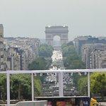 View in the distance from La Grande Arche