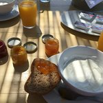 Breakfast w/ homemade jams