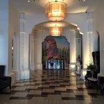 monumentale klassieke, doch modern ogende lobby