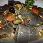 calamarata frutti di mare e zucchine