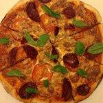 Pizza Salame Peperoncino
