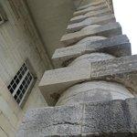 Ledoux' distinctive pillars