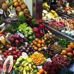 Etal de fruits asiatiques