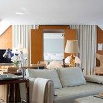 Le Royal Monceau Raffles Paris - Penthouse Suite, living room