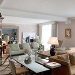 Le Royal Monceau Raffles Paris - Royal Monceau Suite - Living room