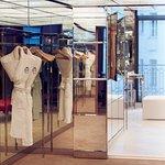 Le Royal Monceau Raffles Paris - Royal Monceau Suite - dressing