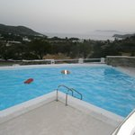 The brand new pool and the veiew to Milipotas beach