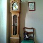 Старинная мебель в уютном номере