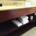 Bathroom counter / Towels