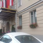 Salzburg - Hotel Sacher Salzburg - incoming by car